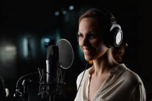 Hire Female Voice Over Actor Lili Wexu