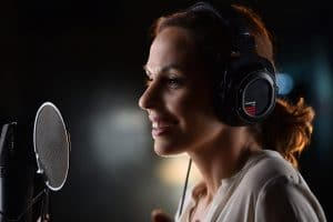 Movie Trailer Voice Over Talent Lili Wexu